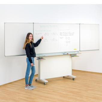 Fahrbare Tafel Mittelfläche 200 x 100 cm, Flügel 100 x 100 cm | Anthrazit (für Kreide)