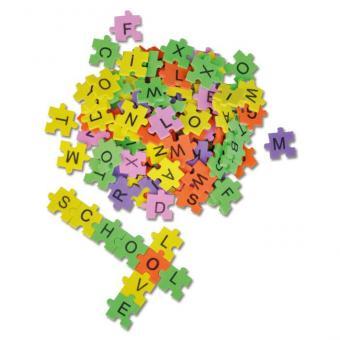 Bunte Puzzle-Buchstaben