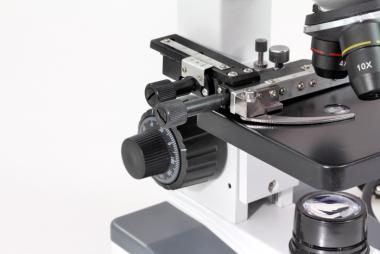 Compra Mikroskop M-TOP 600 LED