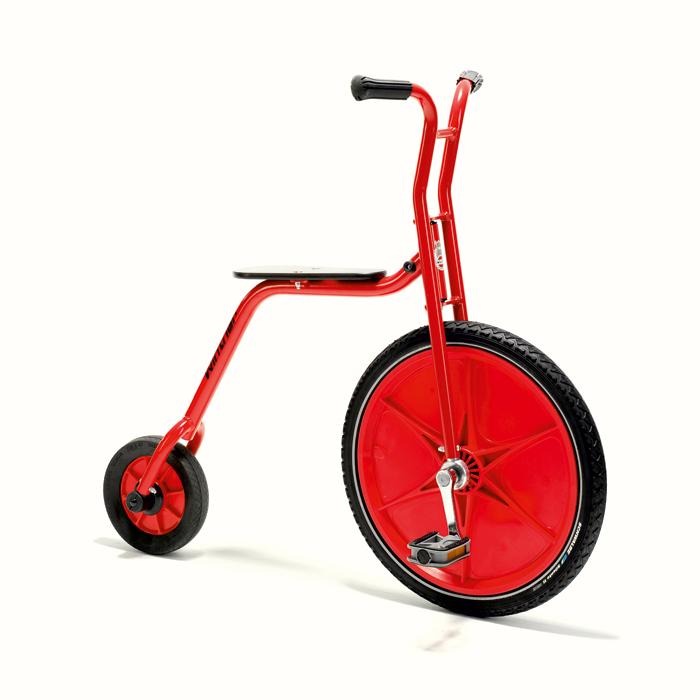 hochrad fahrrad spa auf dem pausenhof g nstig online. Black Bedroom Furniture Sets. Home Design Ideas