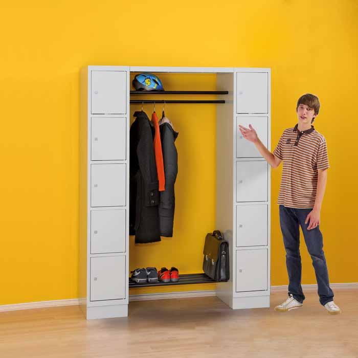 garderobe mit eigentumsf chern f r teamzimmer sporthalle garderobe g nstig online kaufen. Black Bedroom Furniture Sets. Home Design Ideas