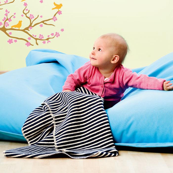 baby und kinderdecken maritim mit stickmotiven in kontrastfarbe g nstig online kaufen. Black Bedroom Furniture Sets. Home Design Ideas